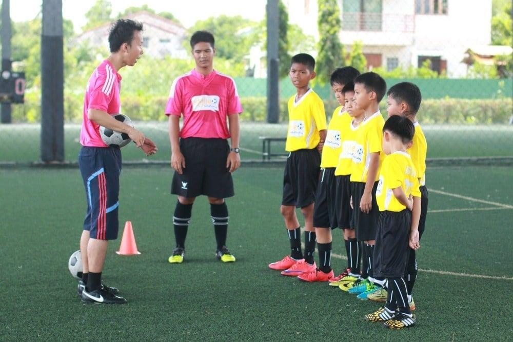 สอนฟุตบอล