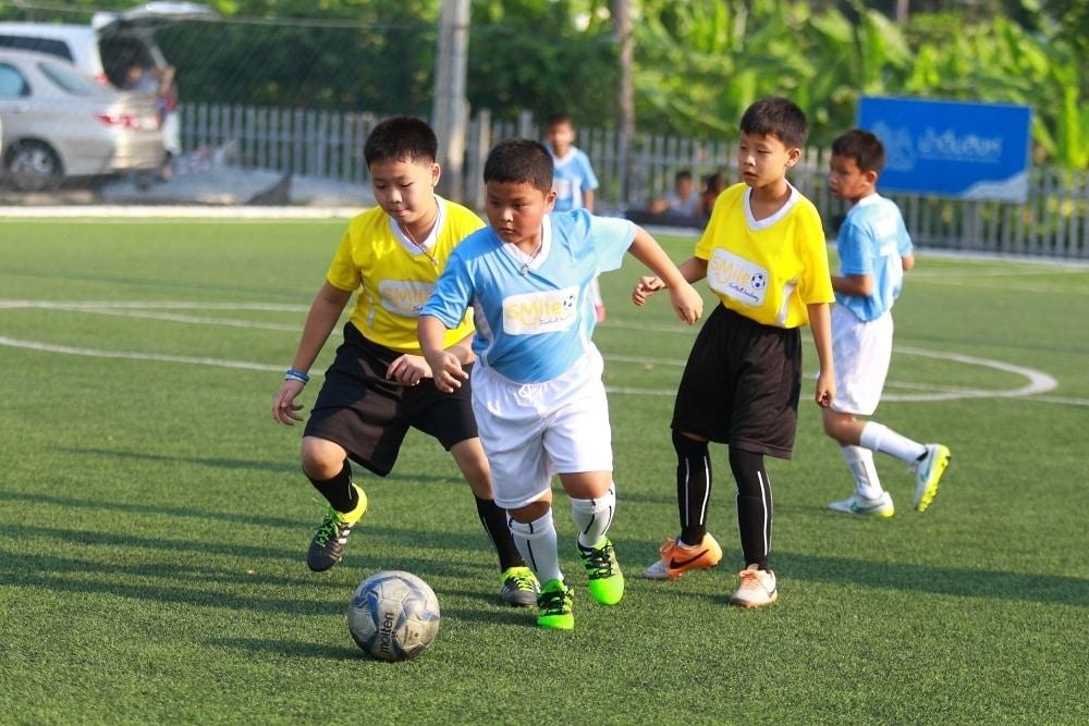 สอนฟุตบอลเด็ก by Smile Football Academy